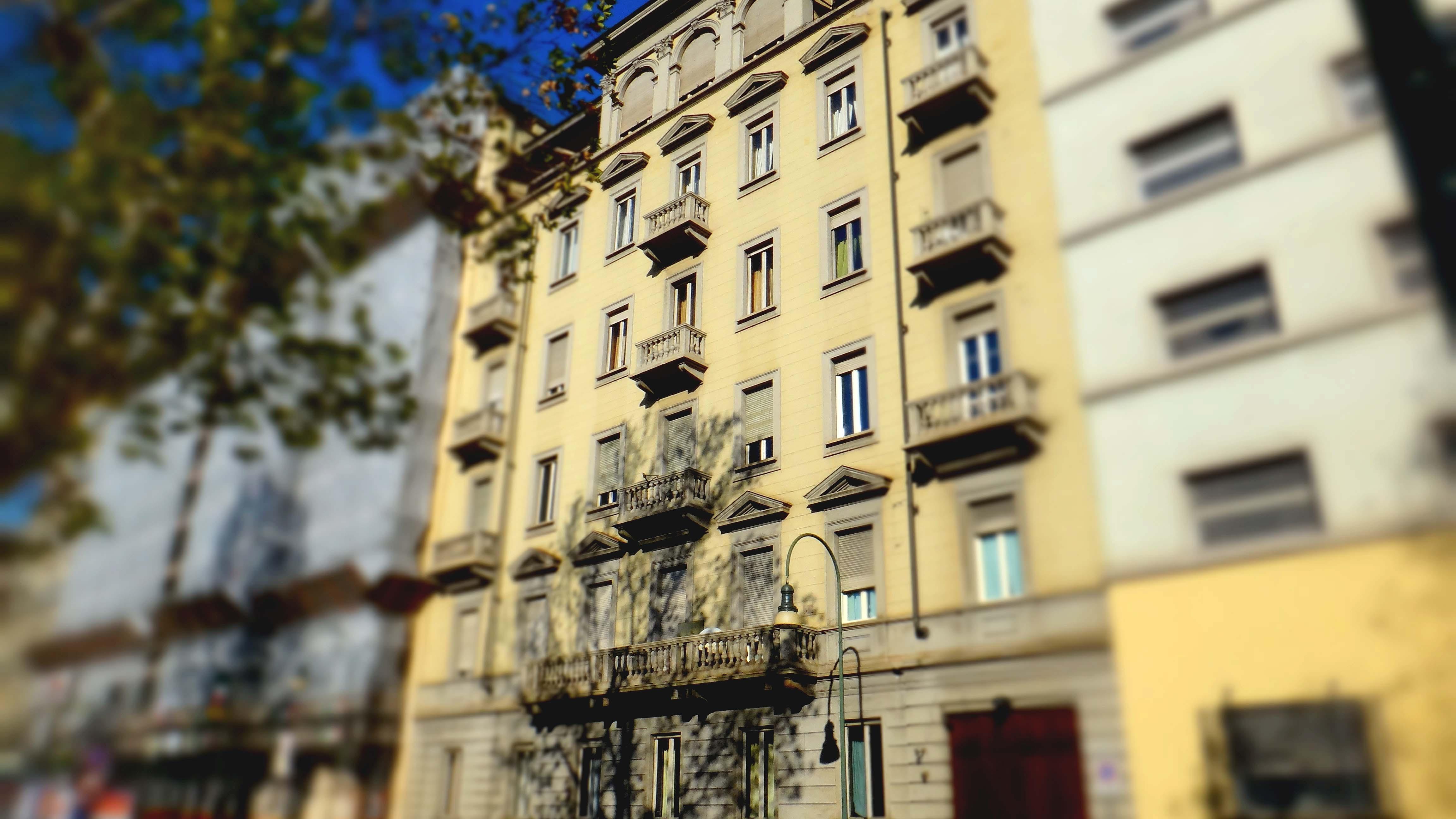 23 Torino - C. Vittorio Emanuele 10 - ITALIA - Ristrutturazione e Frazionamento
